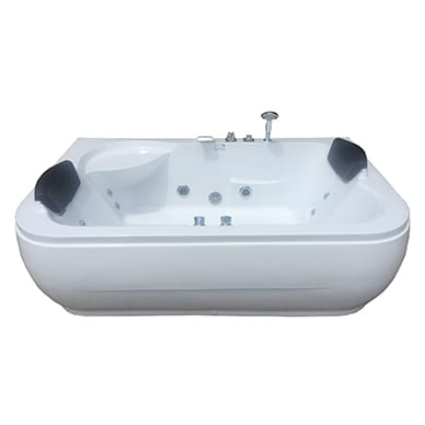 Beautiful twin spa bath side by side